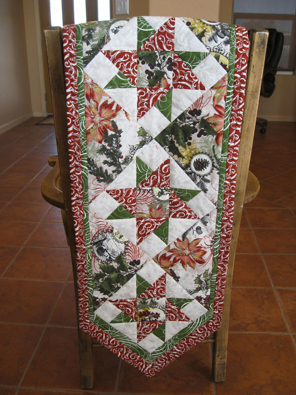 runner  table Runner quilt Wintergraphix kits II Table